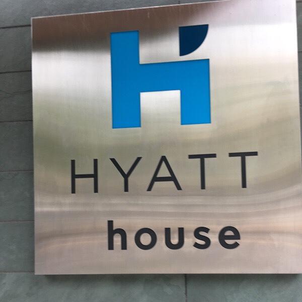 Hotel Review: Hyatt House Downtown Portland,Oregon