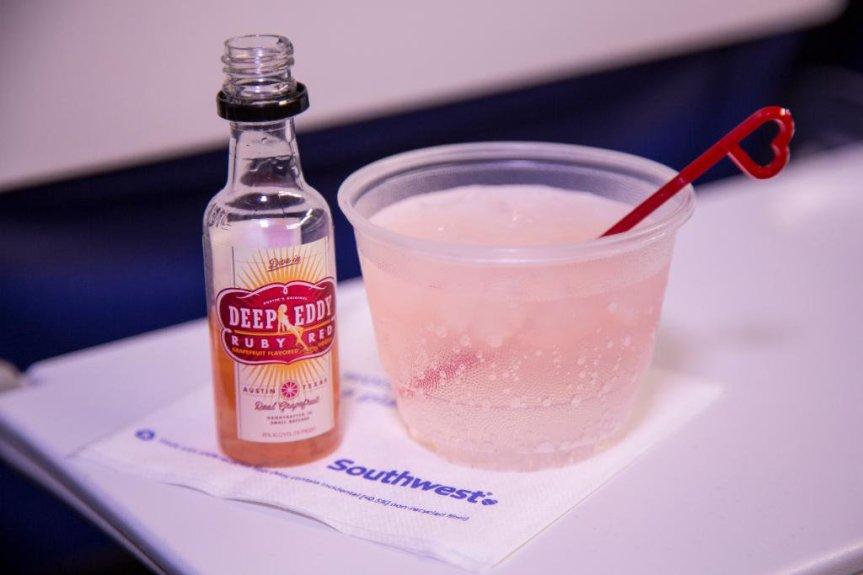 5 Easy Ways to Get Free Drink Coupons From Southwest Airlines